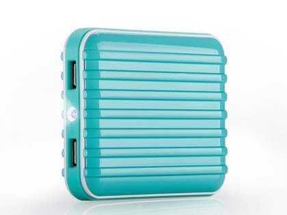 Momax iPower Go External Battery 8800mAh with Dual USB Sockets and LED Light - Aqua Blue